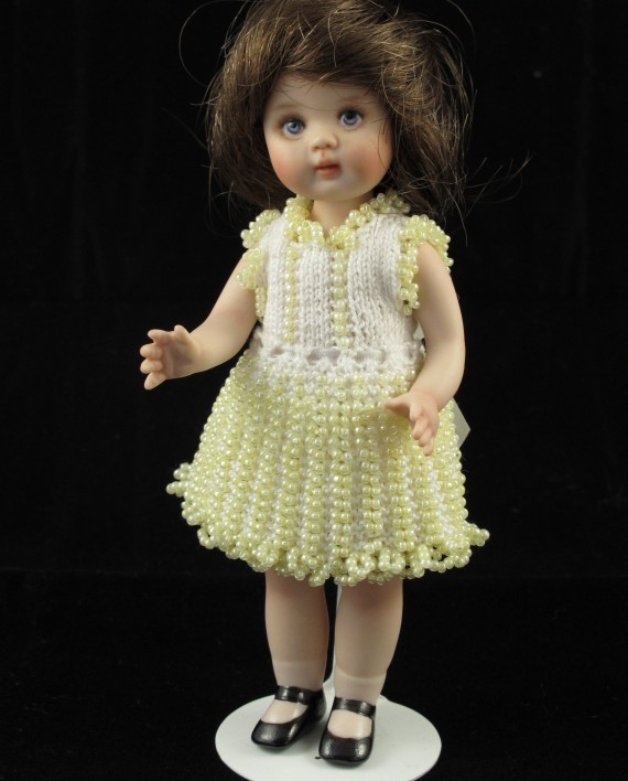 Knitting Patterns For Porcelain Dolls : Delightful Dolly Beaded knitting pattern   Lee-Annes Dolls
